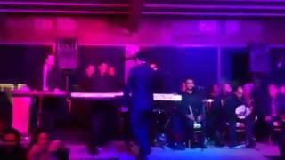 تهنئه وغناء ايهاب توفيق من فندق فيرمونت ليله راس السنه 2017