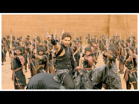 Rudrama Devi Malayalam Movie L Allu Arjun & Anushka Shetty Fight Scene L Mazhavil Manorama