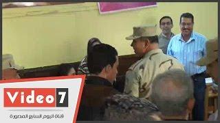 بالفيديو.. قائد المنطقة المركزية العسكرية يتفقد لجنة مدرسة مصر الجديدة للغات