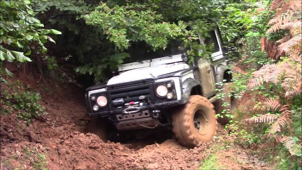 Land Rover Defender 90 V8 Heavy Modified Lr D90 Youtube