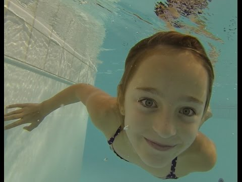 Thumbnail: How to open eyes Underwater by Carla