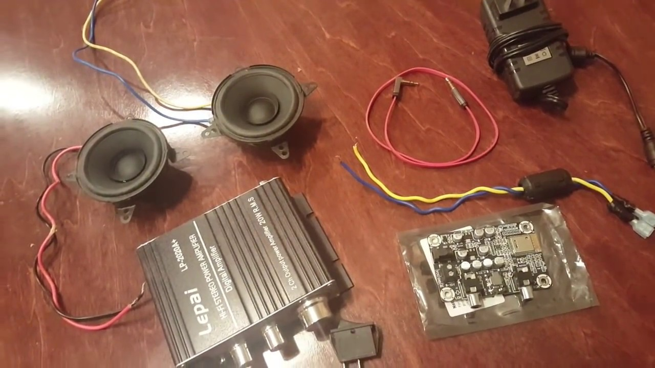 the internal hook up of the diy bluetooth speaker build [ 1280 x 720 Pixel ]