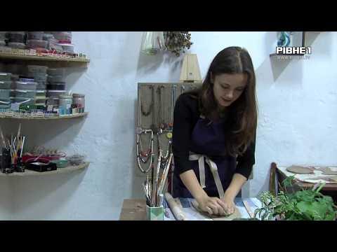 TVRivne1 / Рівне 1: Керамічний посуд власними руками створюють дівчата з Рівненщини