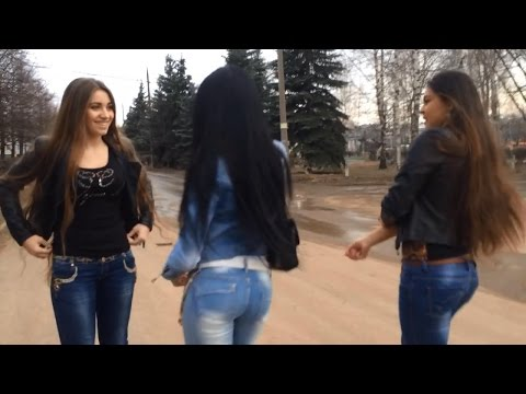The Gipsy girls dance on the street