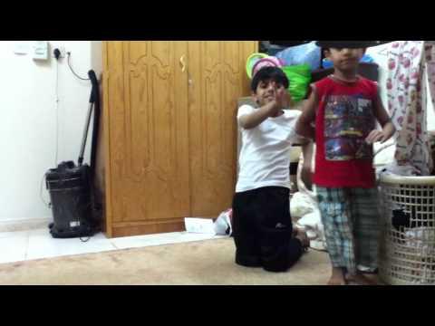 أطفال سعوديين يمثلون فلم هندي