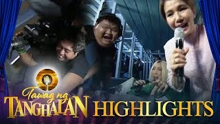 Tawag ng Tanghalan: Vice Ganda bursts into laughter after cameraman fell off