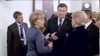 Video: President Yanukovych explains Ukraine-Russia relations with body language