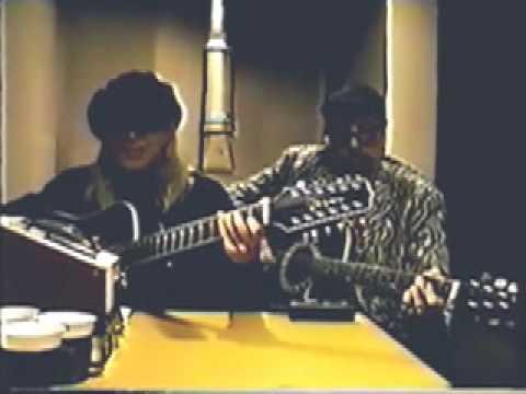 Cheap Trick - Rick Nielsen - Robin Zander - Japan - 97
