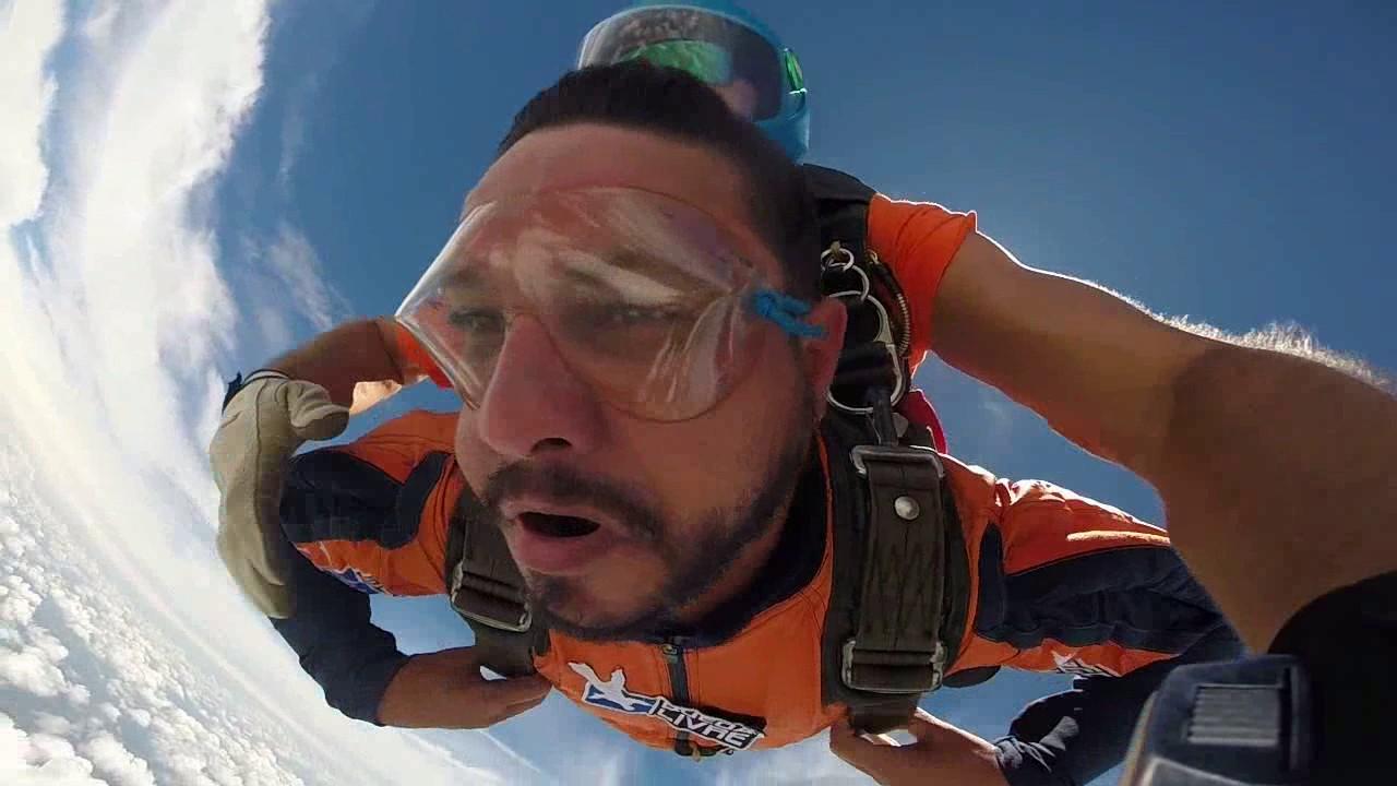 Salto de Paraquedas do Hildon na Queda Livre Paraquedismo 28 01 2017