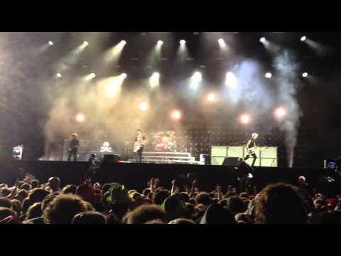 Green Day @ Rock Werchter 2013 - 0407 2205-0025 Main Stage - Full Concert