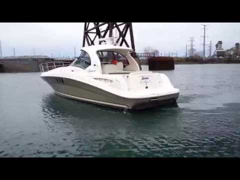 Mariposa leaving the dock with her new Bow Thruster