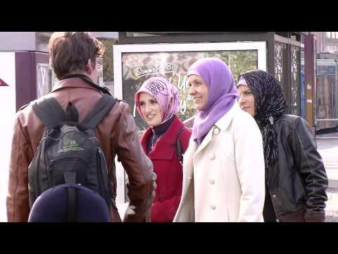 Terrororganisation PYD kennenlernen von YouTube · Dauer:  4 Minuten 59 Sekunden
