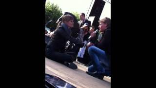 Thomas Berge serenade voor Angela Schijf