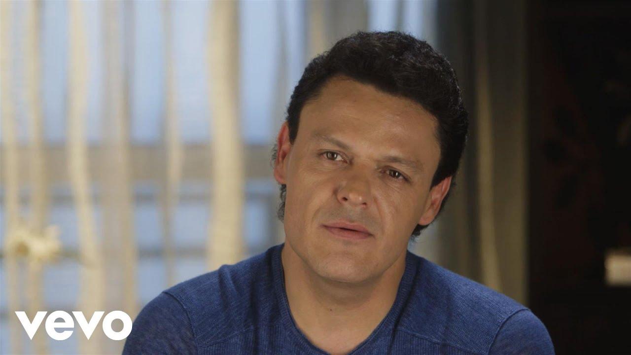Pedro Fernández - Interview (Vevo News)
