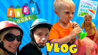 СІМЕЙНИЙ ШОПІНГ Купуємо нові іграшки в Торговому центрі / Яку ми взяли Машину? / Family Box Vlog