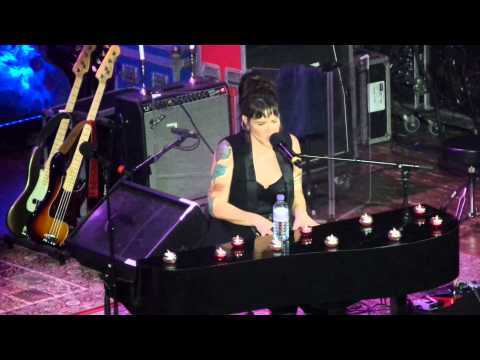Beth Hart - Mama This One's For You. Colston Hall, Bristol. 01/05/2015