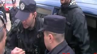 Reporter Monitorul de Vrancea luat pe sus de jandarmi