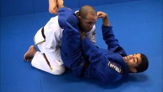 GMA Black Belts Vitor Shaolin and Bruno Bastos teach Loop Choke variations
