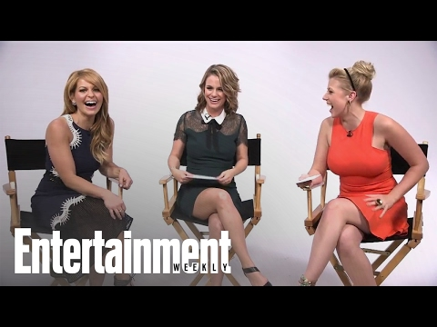 Fuller House: Candace Cameron Bure, Jodie Sweetin & More Remix The Theme Song