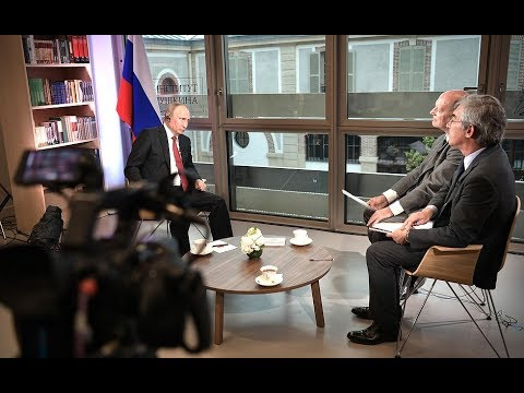 EXCLUSIVE: Putin's Full Interview on Macron, Trump, Europe, Russia & Middle East to Le Figaro