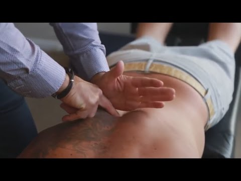 Dr. Ian - Breathing RESTRICTED and acute thoracic PAIN - FIXED by Gonstead Chiropractic thumbnail