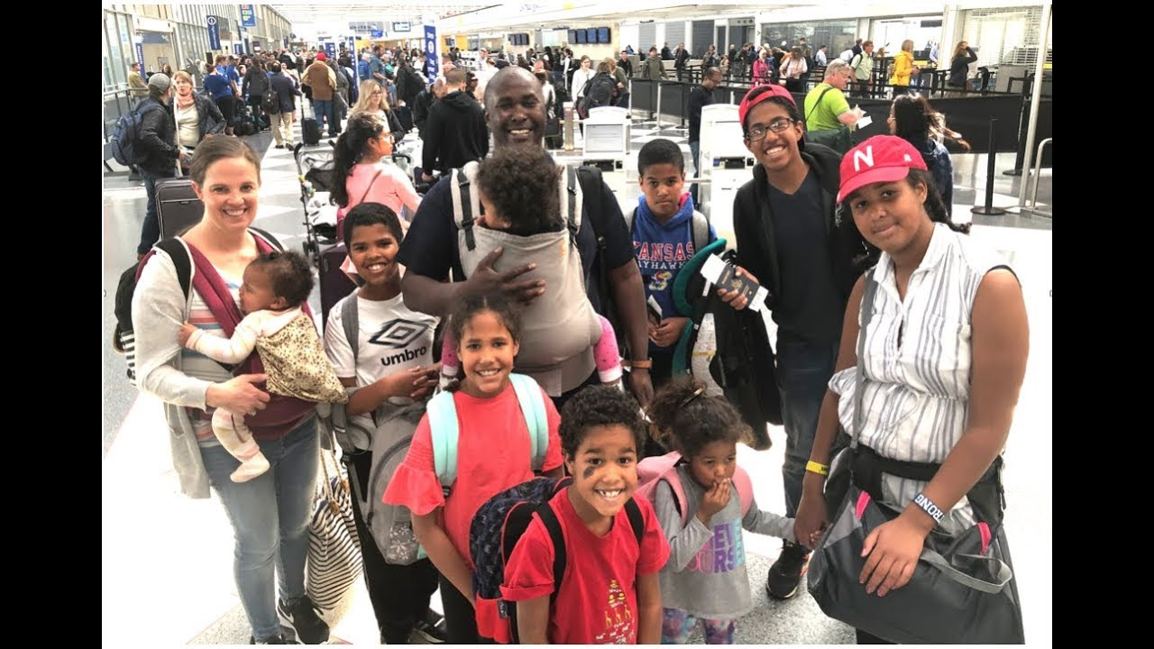 Traveling Across the World with 9 Kids!!!