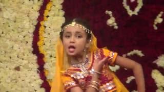 Rucha Prathmesh--Radha Kaise Na Jale