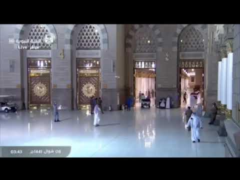 لحظة فتح ابواب المسجد النبوي و دخول المصلين ل صلاة الفجر الله اكبر الله اكبر