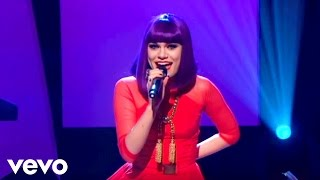 Jessie J Performing 'Who's Laughing Now' on Alan Carr Chatty Man