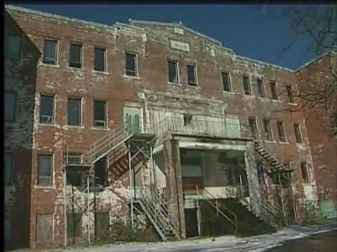 Former Residential School in Alert Bay Sits Condemned and Crumbling