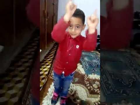 رقص طفل معجز thumbnail