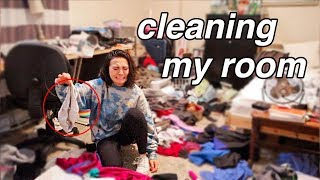 cleaning my disgusting room  *satisfying*