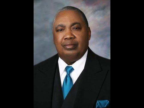 """Full Sermon: Moses Hightower Preaching """"Great Grace"""" at t/1988 UPCI Gen Conference at t/Salt Palace"""
