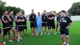 Diego Maradona shows young players from Argentina how to take free kicks 2017 (Part 2)
