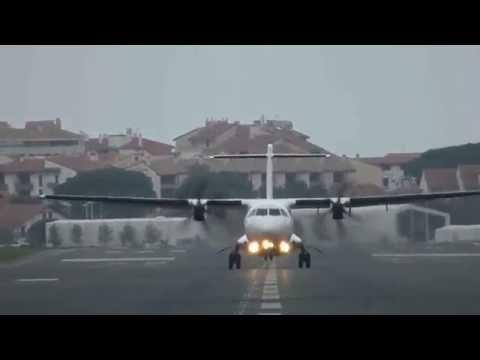 Avión ATR72-600. Air Nostrum. Landing, Takeoff.Eas/Leso.
