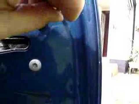 Quick video on how to adjust bmw e46 door handles - YouTube