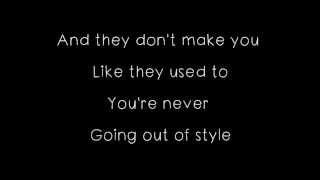 Repeat youtube video MKTO - Classic Lyrics