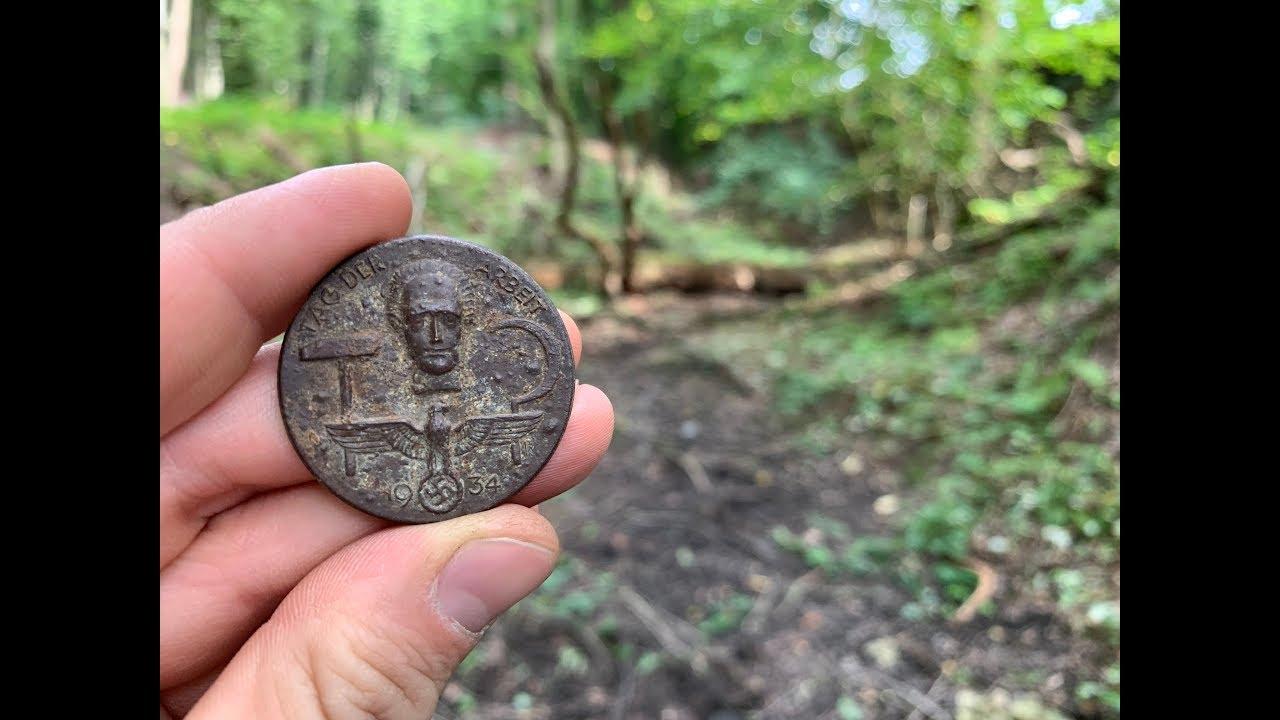 Schatzsuche im trockenen Bachlauf mit geheimnisvollen Funden Sondeln Wk2 WW2