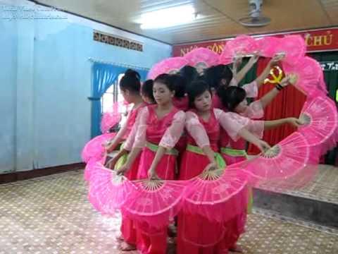 Viếng Lăng Bác-Tập thể Lớp 9A1- Trường THCSTT Diêu Trì.mp4