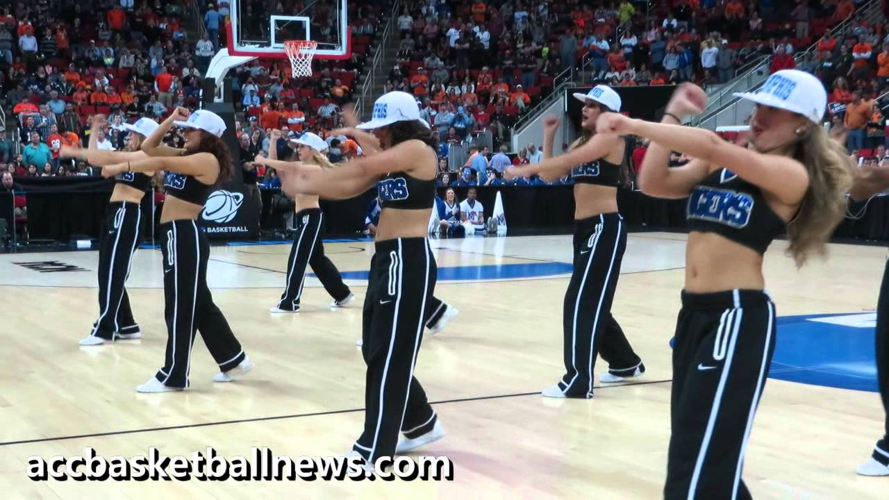 Memphis Dance Team performs during basketball halftime at ...