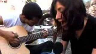 Flyleaf: Broken Wings (Acoustic Blender Session)