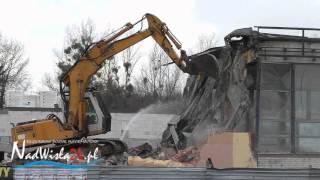 Wyburzanie budynku dworca PKS w Tarnobrzegu, 12.12.2015 HD