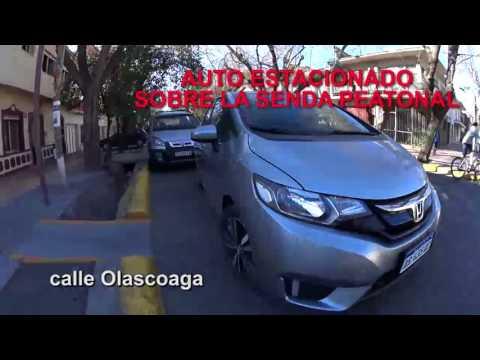 La pesadilla de ser peatón en Mendoza: las veredas también son de los autos