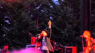 BECK - Loser (live) - Marymoore Park, Redmond, WA (08-20-14)