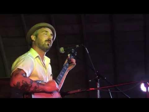 William Elliott Whitmore - Diggin My Grave - Live @ The Placke Family Farm