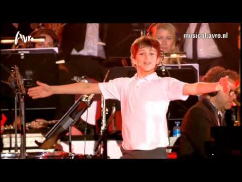 Musical Sing-a-Long 2014 - Billy Elliot