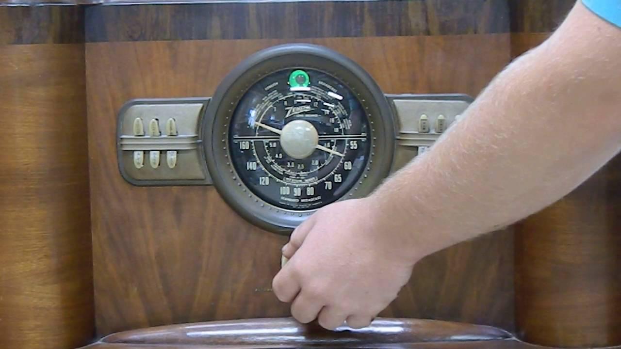 Vintage Zenith Console Radio Model 8S463 - YouTube