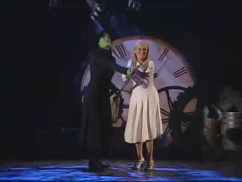 Tony Awards - Defying Gravity [Idina Menzel and Kristin Chenoweth]