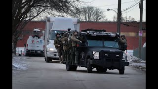 5 employees dead, 5 officers wounded in Aurora shooting; gunman killed by police