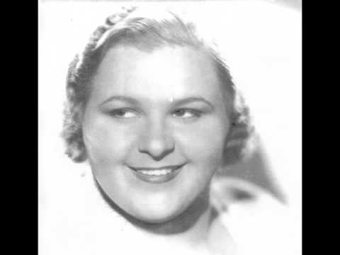 Kate Smith: Just Friends  (with lyrics)